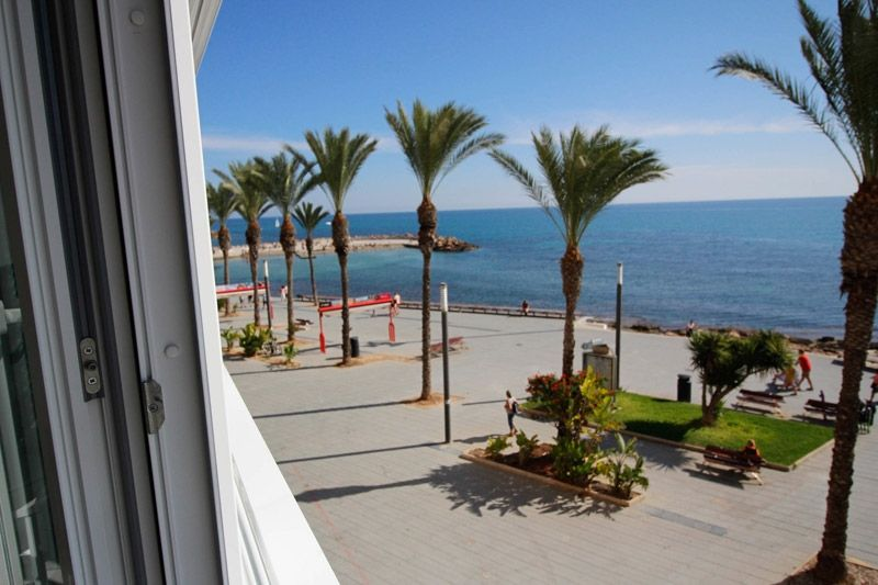 Dreamviews - Torrevieja Holiday Rentals www.heavenonearth.es 01