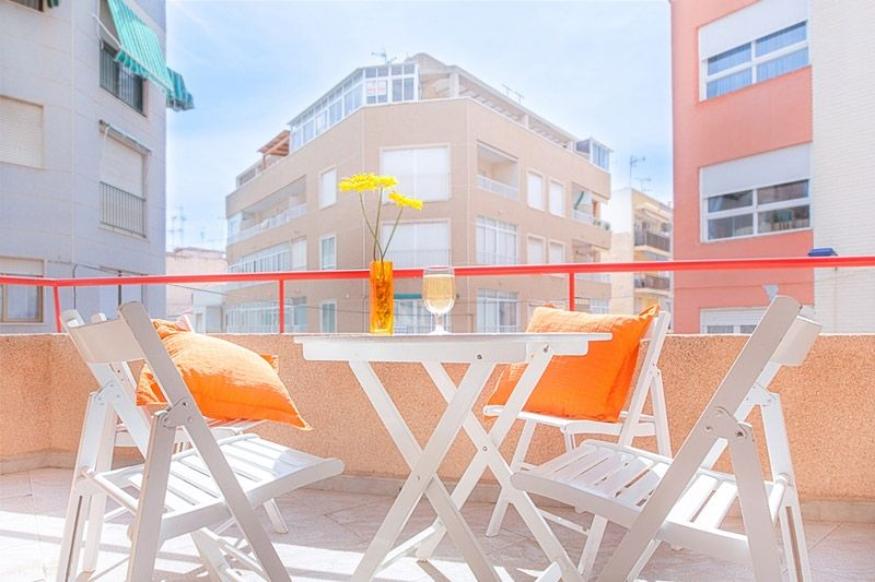 Floris Terrace - Torrevieja Holiday Rentals www.heavenonearth.es 02