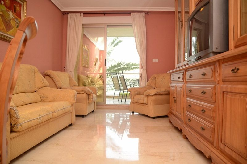 Sea View - Torrevieja Holiday Rentals www.heavenonearth.es 03