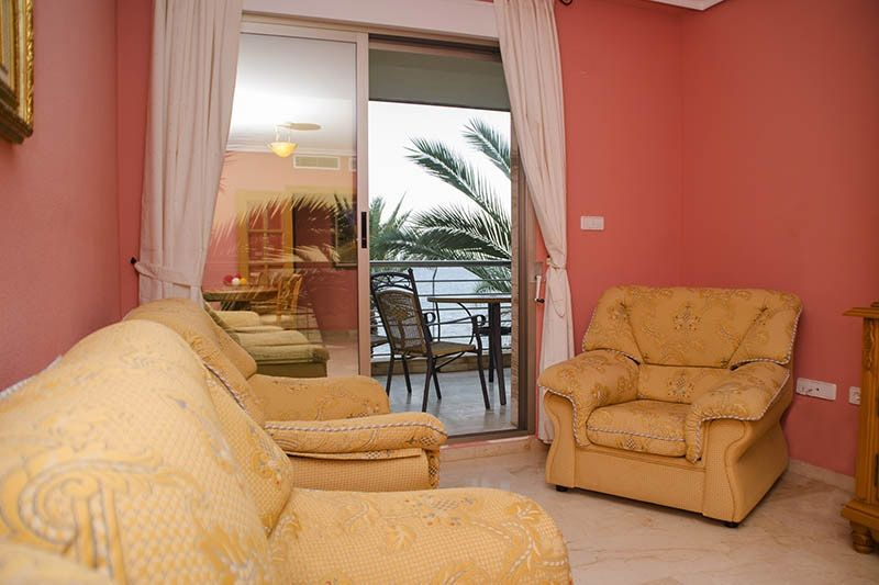 Sea View - Torrevieja Holiday Rentals www.heavenonearth.es 05