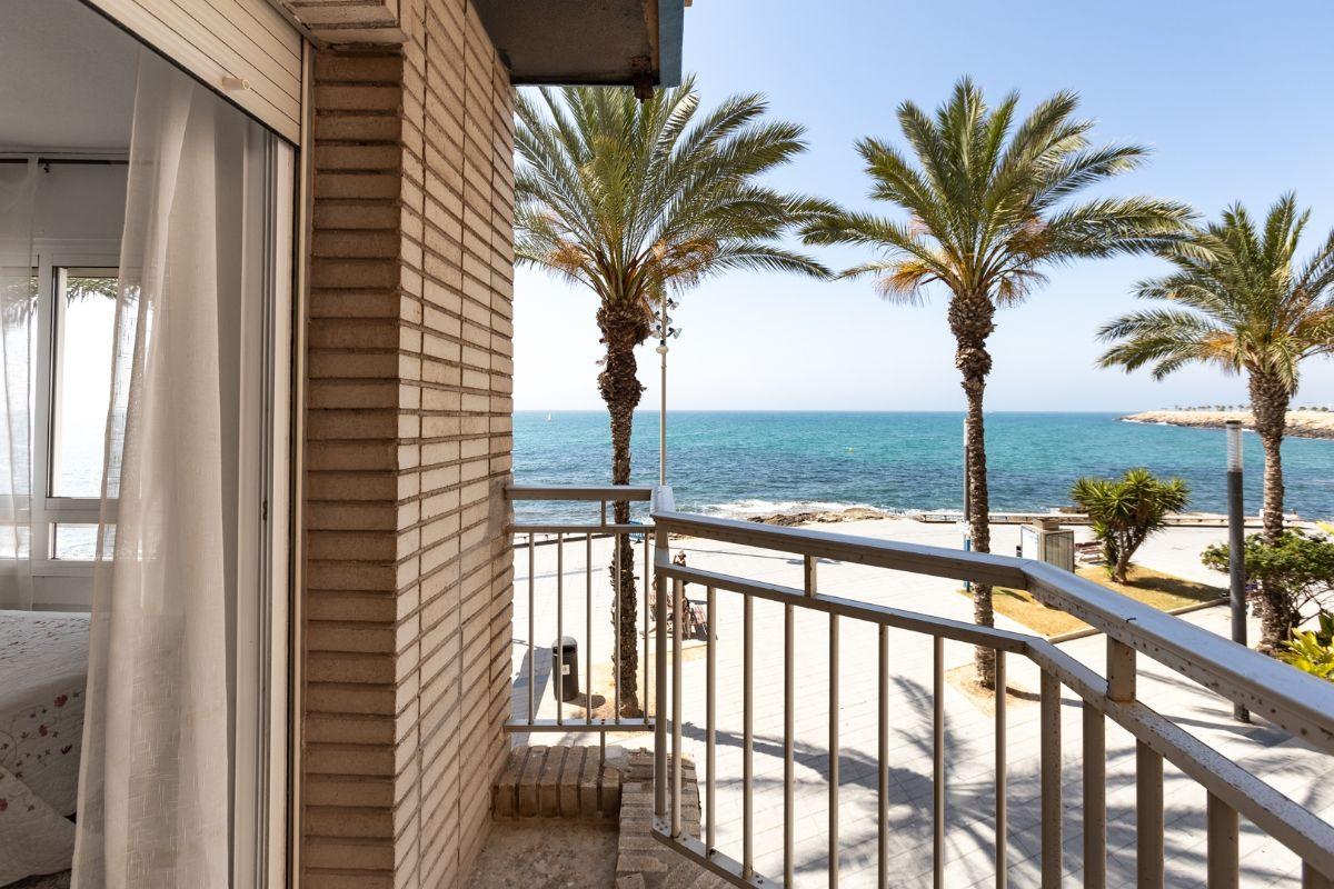 Sea & Palms Apartment - Torrevieja Holiday Rentals www.heavenonearth.es 14