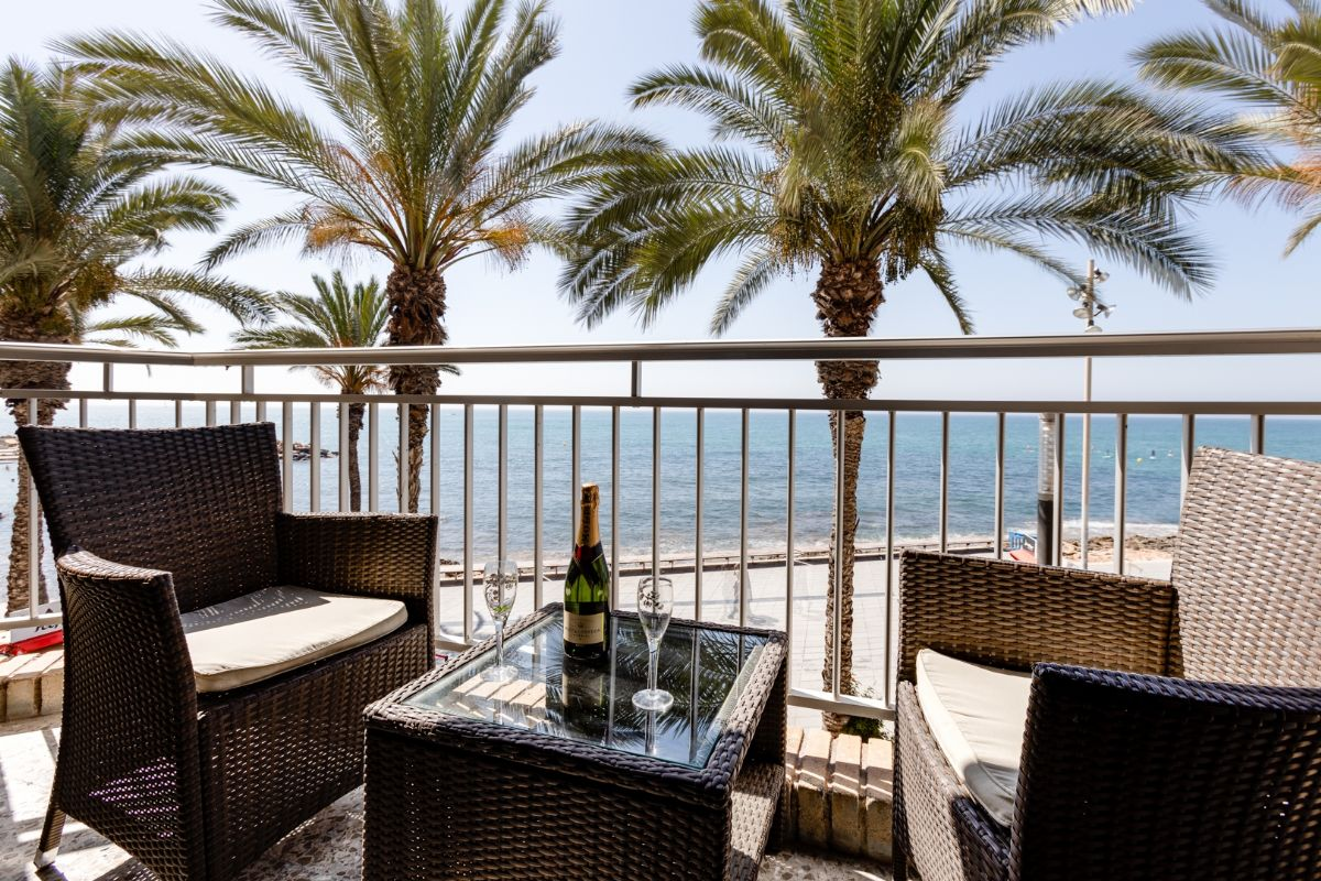 Sea & Palms Apartment - Torrevieja Holiday Rentals www.heavenonearth.es 31