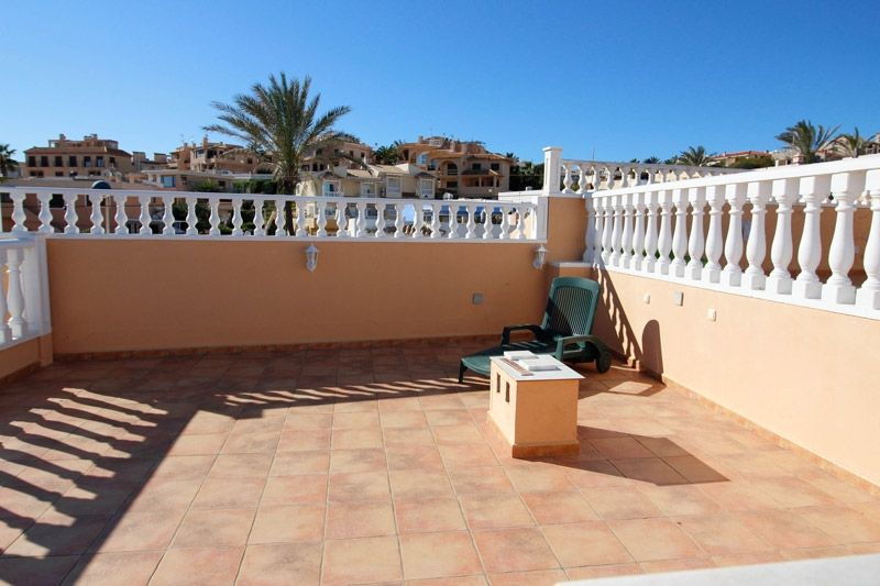 Terrace to Sea - Torrevieja Holiday Rentals www.heavenonearth.es 20