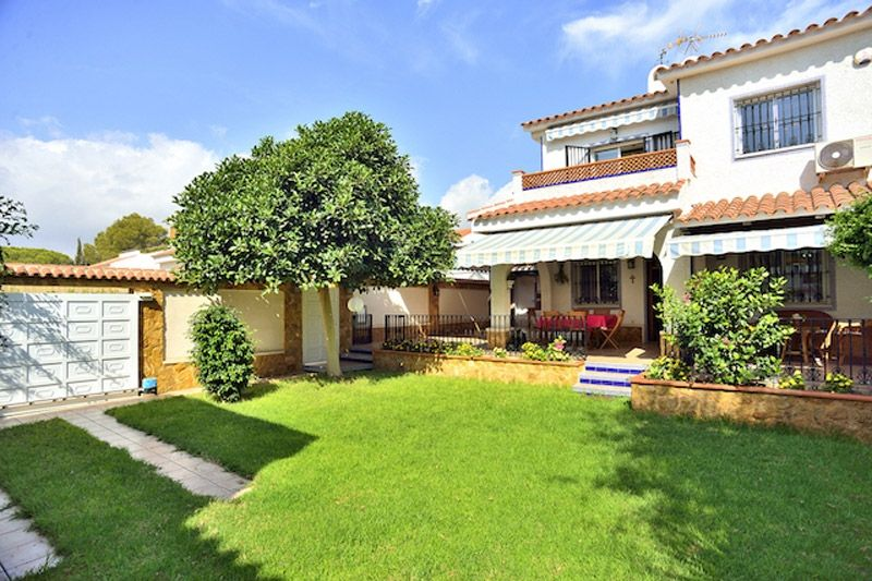 Villa Carolina - Campoamor Holiday Rentals www.heavenonearth.es 01